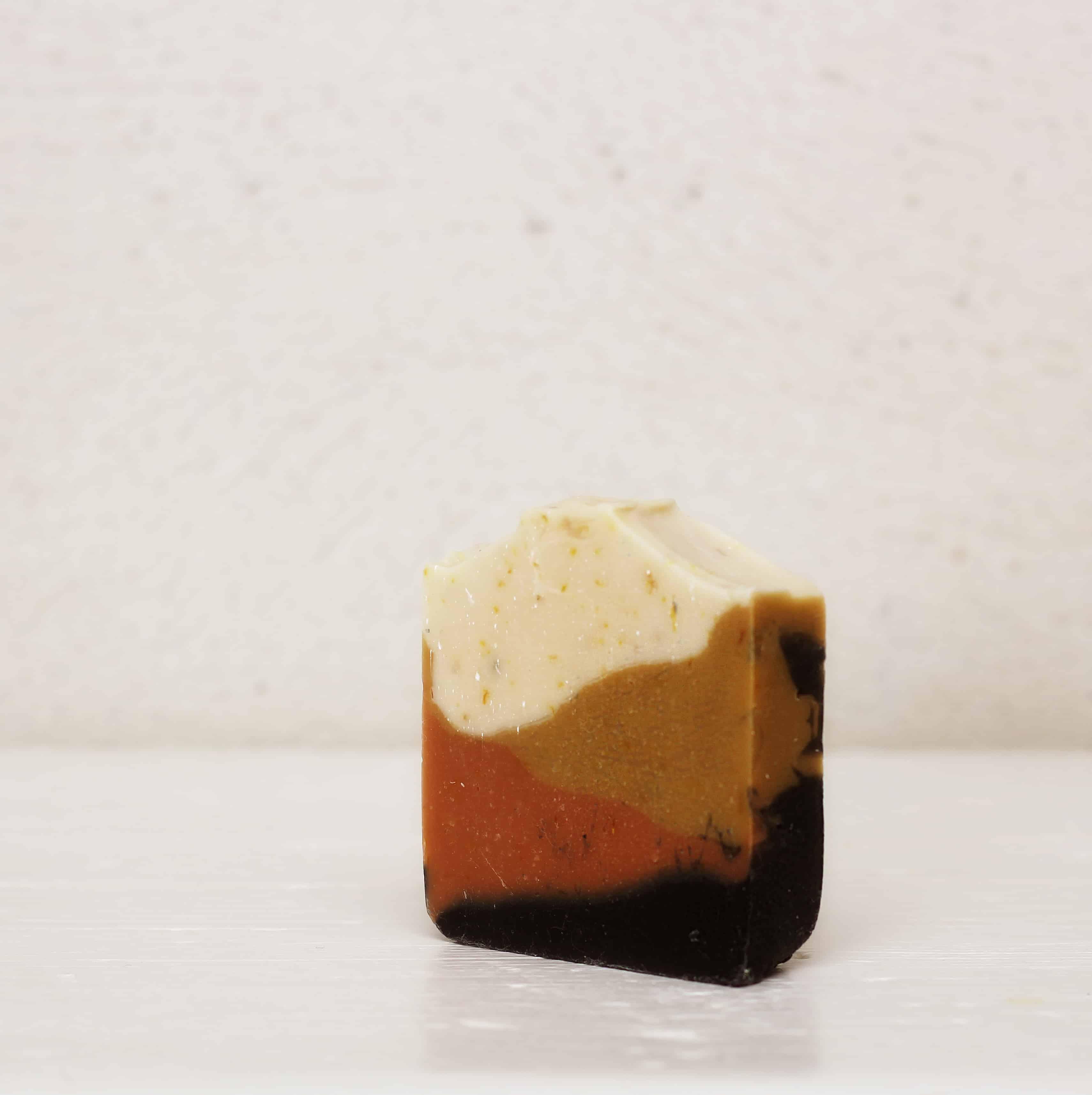 Zeolithseife mit Honig – pflegend und reinigend    100g